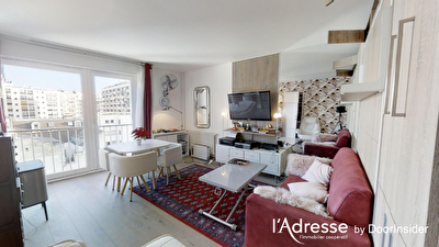 75015  BEAUGRENELLE - JAVEL Grand studio Lumineux sur cour